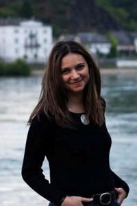 Yasmine Behiry (2)
